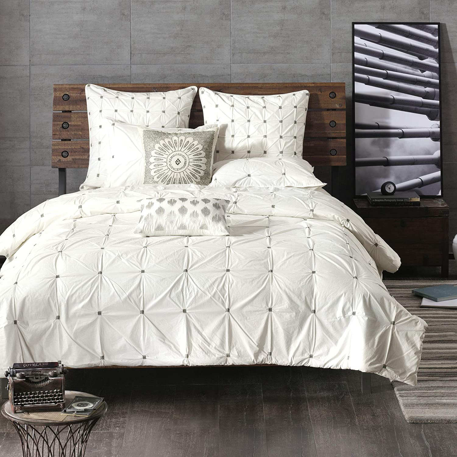 Ink Ivy Masie Duvet Cover King Cal King Size White Elastic Embroidery Tufted Ruffles Duvet Cover Set 3 Piece 100 Cotton Percale Light Weight Bed Comforter Covers Home Kitchen