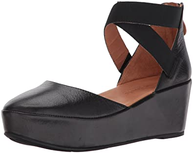 c8143d19bf2 Gentle Souls by Kenneth Cole Women s NYSSA PLATFORM WEDGE WITH ELASTIC  ANKLE STRAPS Shoe