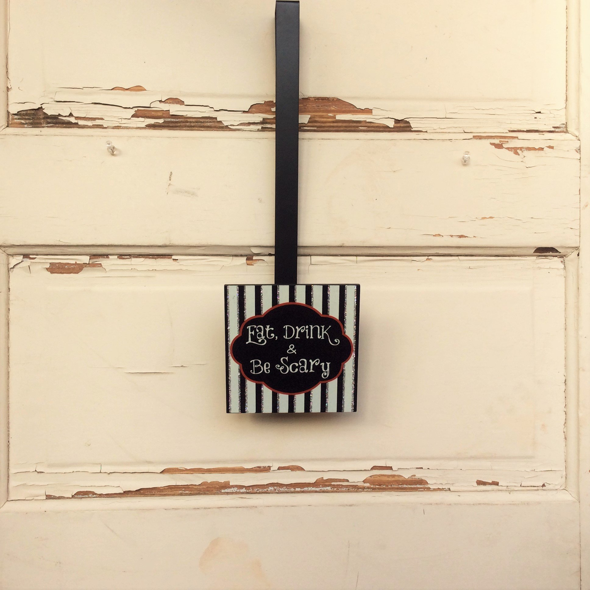 AG Designs Halloween Decor - Wreath Door Hanger - Eat Drink & Be Scary