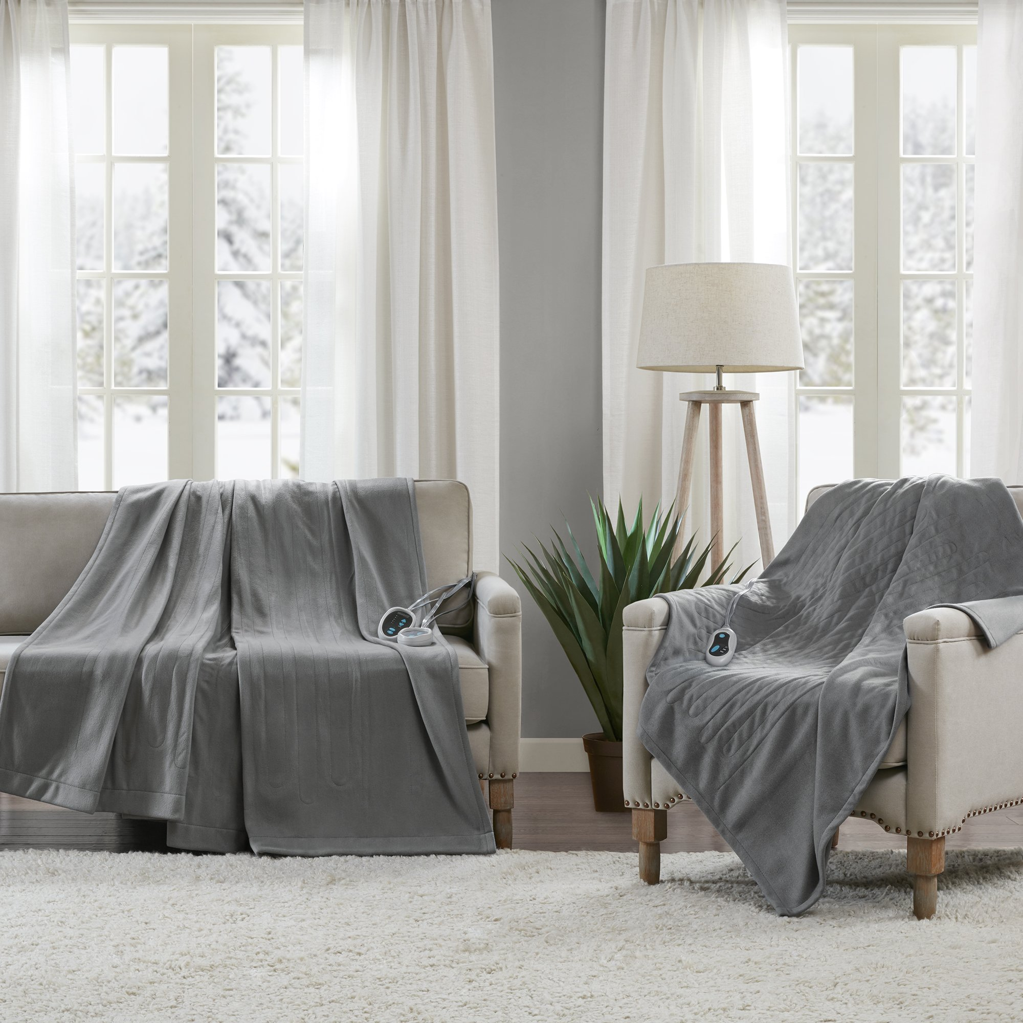 Beautyrest - Heated Fleece Blanket and Throw Combo Set - Grey - King Size Blanket 100'' x 90'' + Throw 50'' x 60'' - With 3 Heat-Regulating Controllers