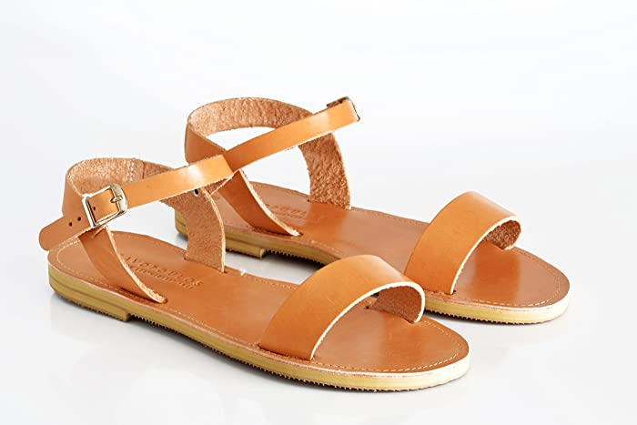 6e6bca74758 Amazon.com  Leather sandals