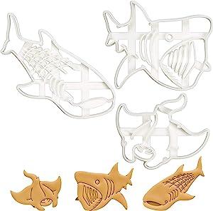 Set of 3 Deep Sea Animal cookie cutters (Design: Manta Ray, Whale Shark, Basking Shark), 3 pieces - Bakerlogy