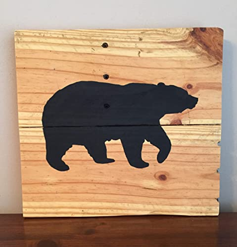 Amazon Com Black Bear Pallet Wood Wall Art Plaque Handmade