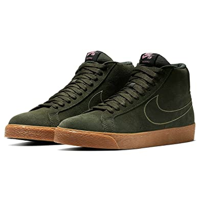 f9ce3527acb8 NIKE Men s SB Zoom Blazer Mid Skate Shoe  Amazon.co.uk  Shoes   Bags