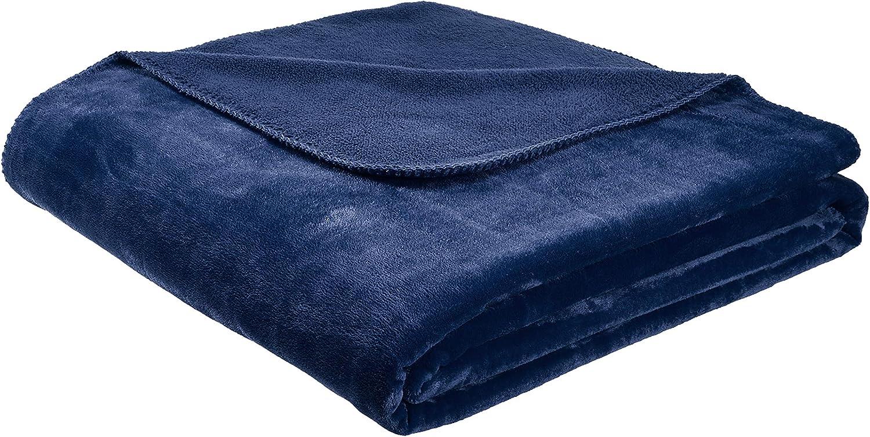 AmazonBasics Fuzzy, Micro Plush Fleece Blanket, All Seasons - Twin, Navy