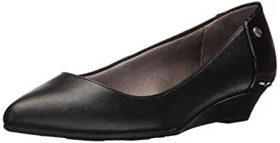 LifeStride Women's Spark Pointed Toe Flat, Black Synthetic, ...