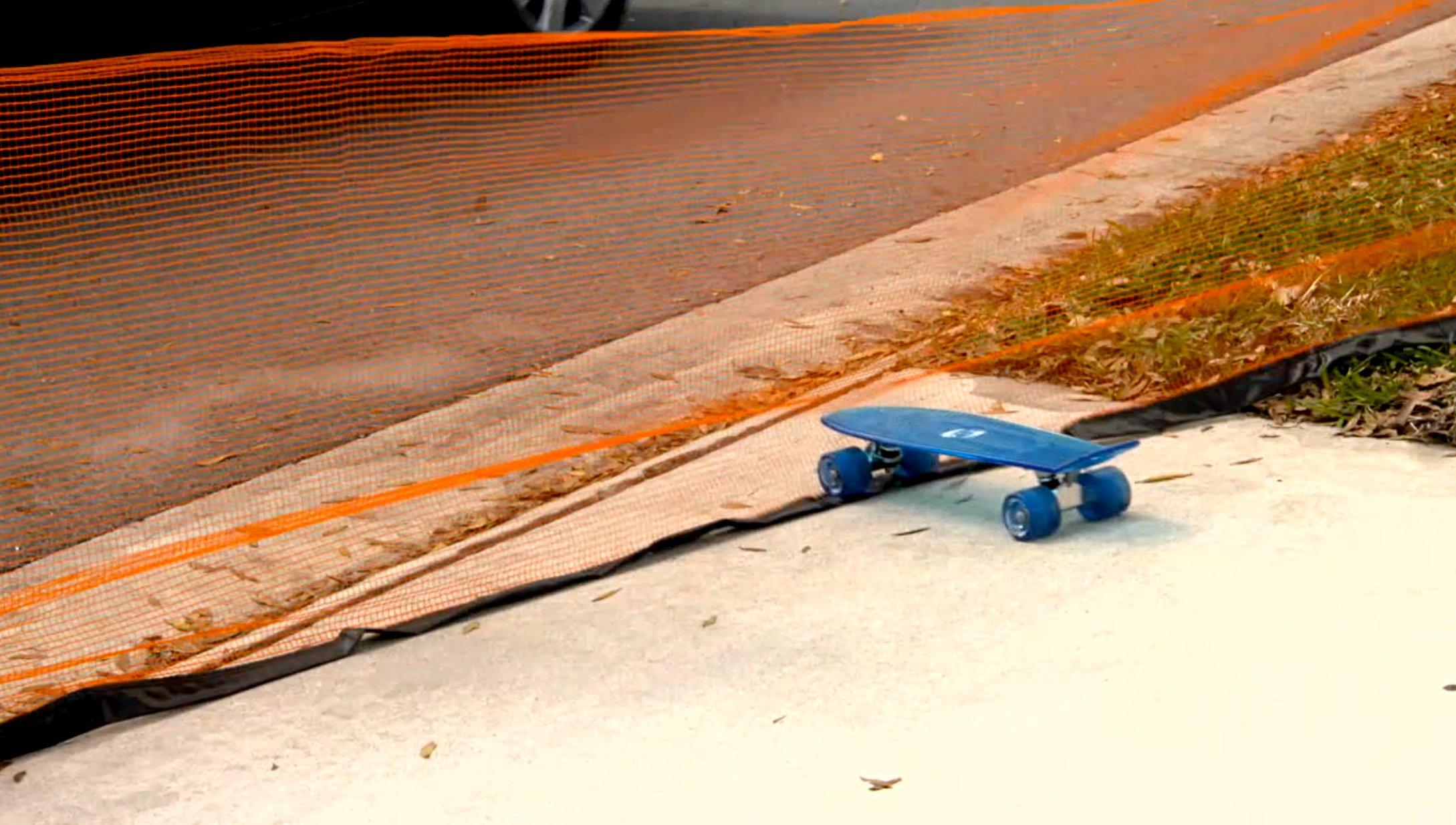 Play It Safe RPDN26 Driveway Net, Large, Orange by Play It Safe (Image #4)