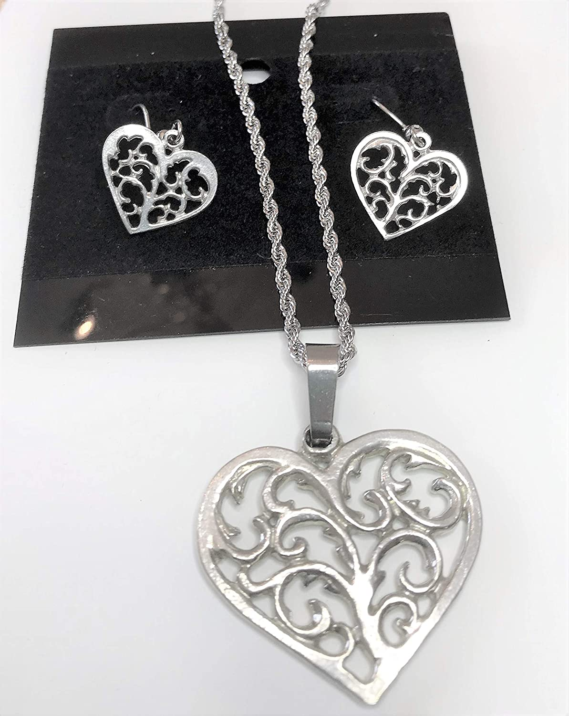 838 Swirly Heart Pewter Necklace Earring Set