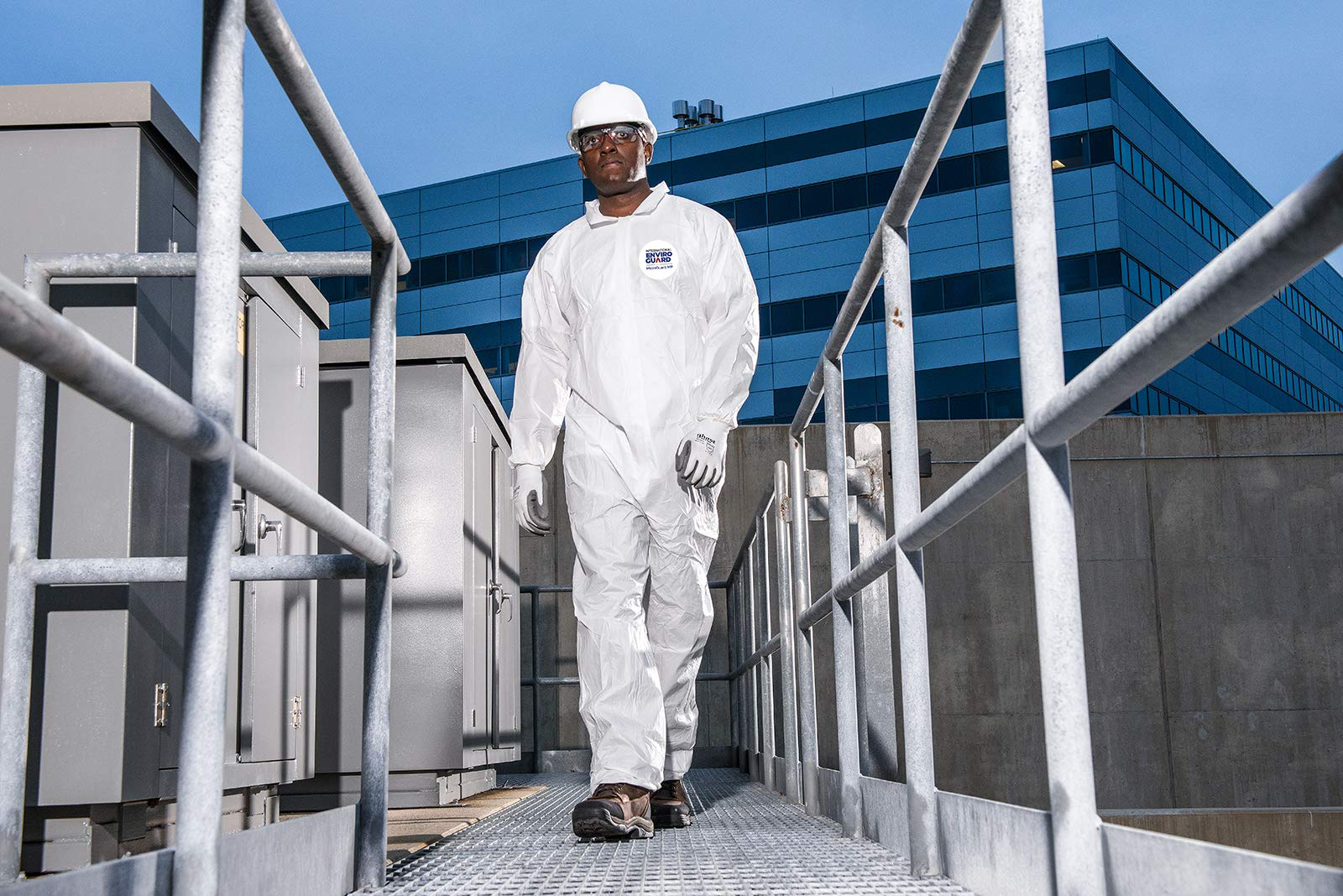 Microguard MP Microporous (White) | Particulate & Splash Protection/Disposable Hazmat Coverall with Elastic Wrist & Ankle for Paint and Particulates (XL, Case of 25) by Microguard MP (Image #9)