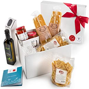 Gusta Gourmet Gift Basket - Made in Italy - Classic Pasta Menu - Healthy Holiday Basket for Birthdays, Family Parties, Sympathy, Housewarming, Clients and Business Gifts