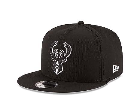 finest selection b87e7 fc28d Amazon.com   New Era NBA Milwaukee Bucks Men s 9Fifty Snapback Cap, One  Size, Black   Sports   Outdoors