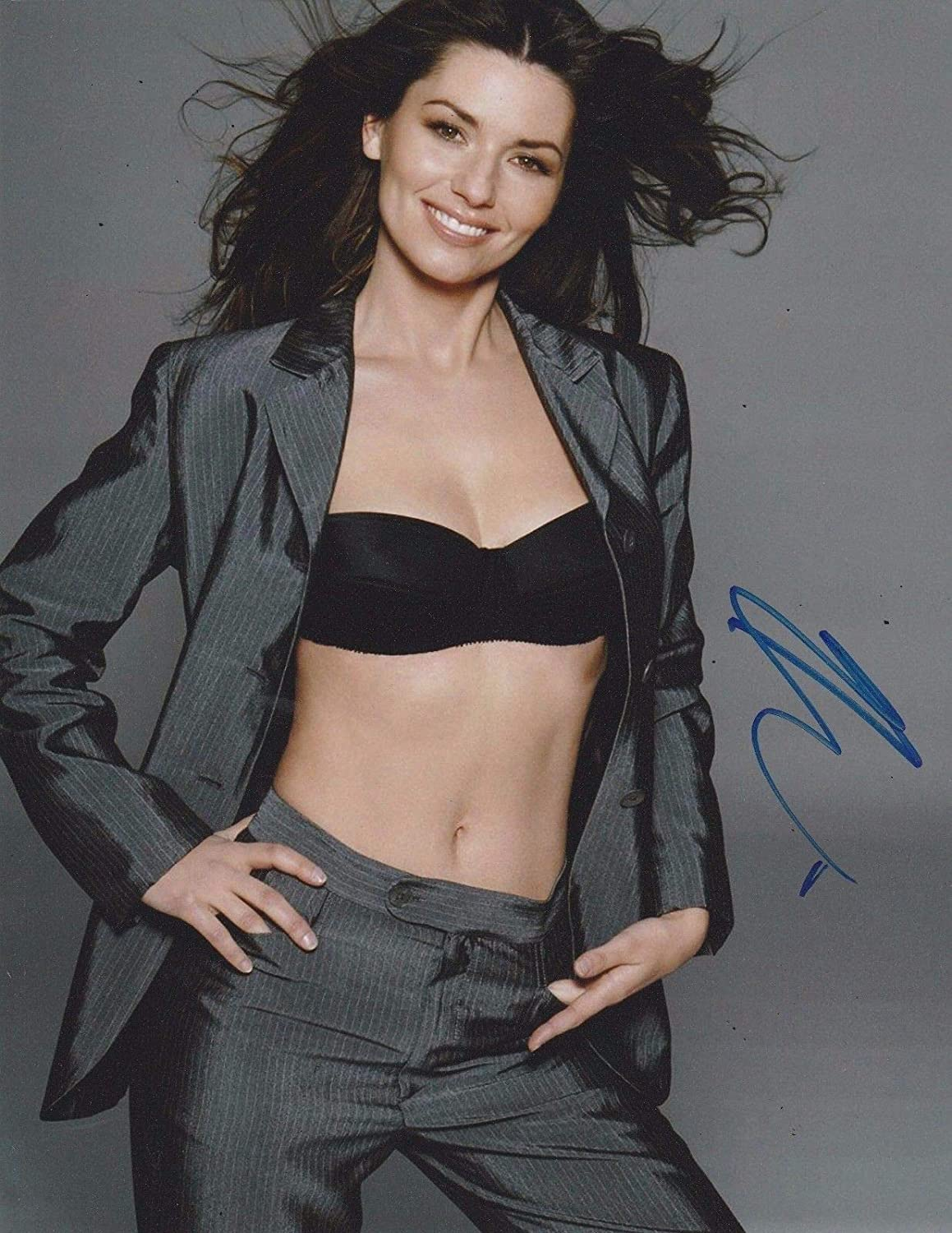Shania Twain Autograph Signed 8 x 10 Photo