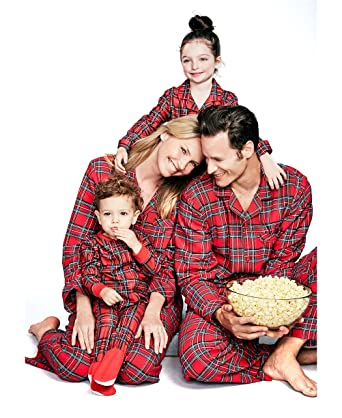 c78287b8de U-WARDROBE Christmas Family Matching Pajamas Set Cotton PJS Set Plaid  Button at Amazon Women s Clothing store