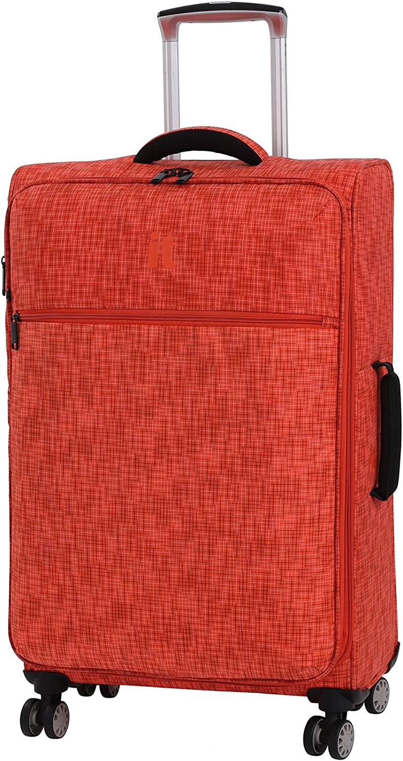 it luggage 26.8 Stitched Squares 8 Wheel Lightweight Expandable Spinner