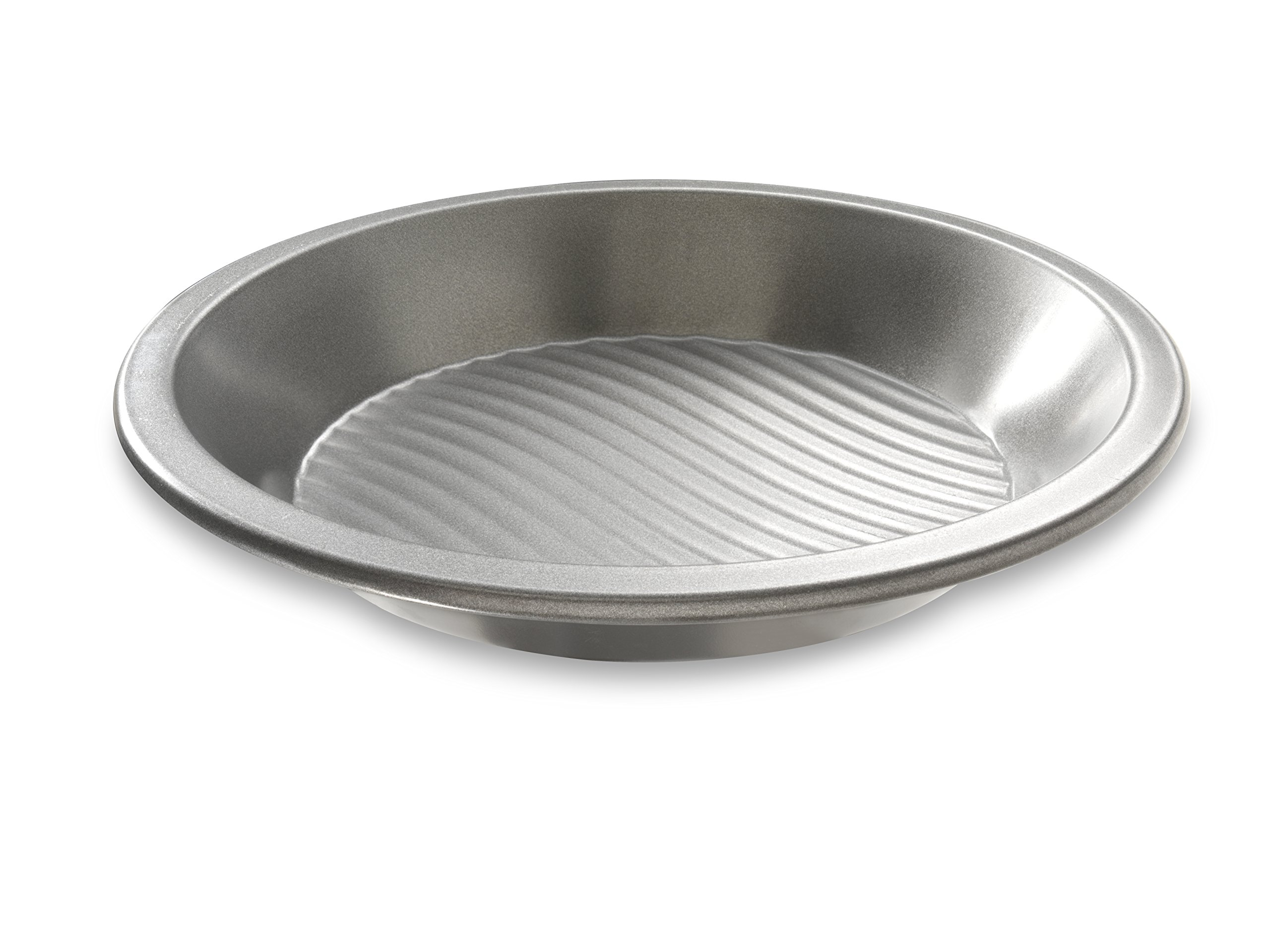 USA Pan Patriot Pan Bakeware Aluminized Steel 9-Inch Round Pie Pan by USA Pan