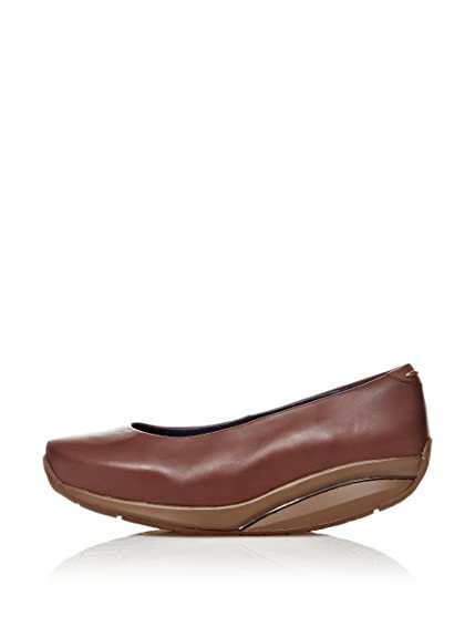 bf009d2a7e82 MBT Women s Classic Brown Size  5.5-6  Amazon.co.uk  Shoes   Bags