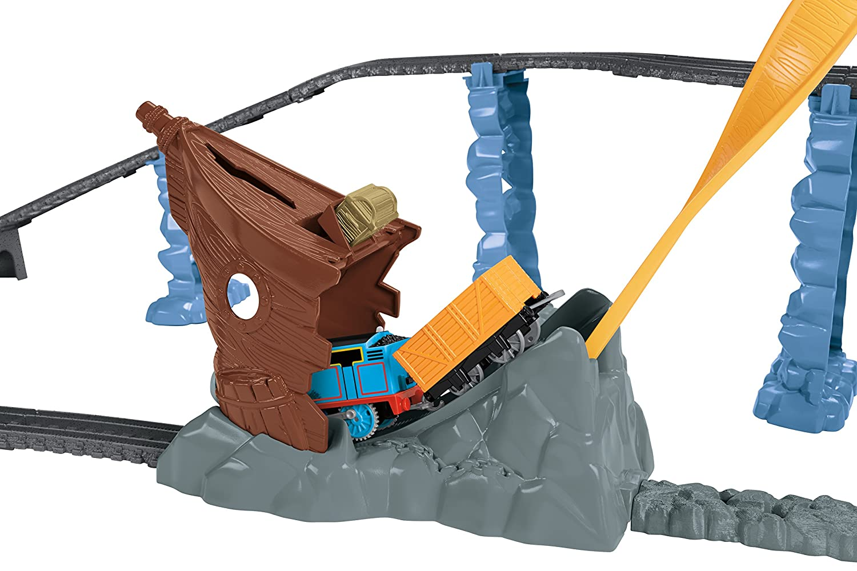 Fisher price thomas amp friends trackmaster treasure chase set new - Amazon Com Fisher Price Thomas Friends Trackmaster Shipwreck Rails Set Toys Games