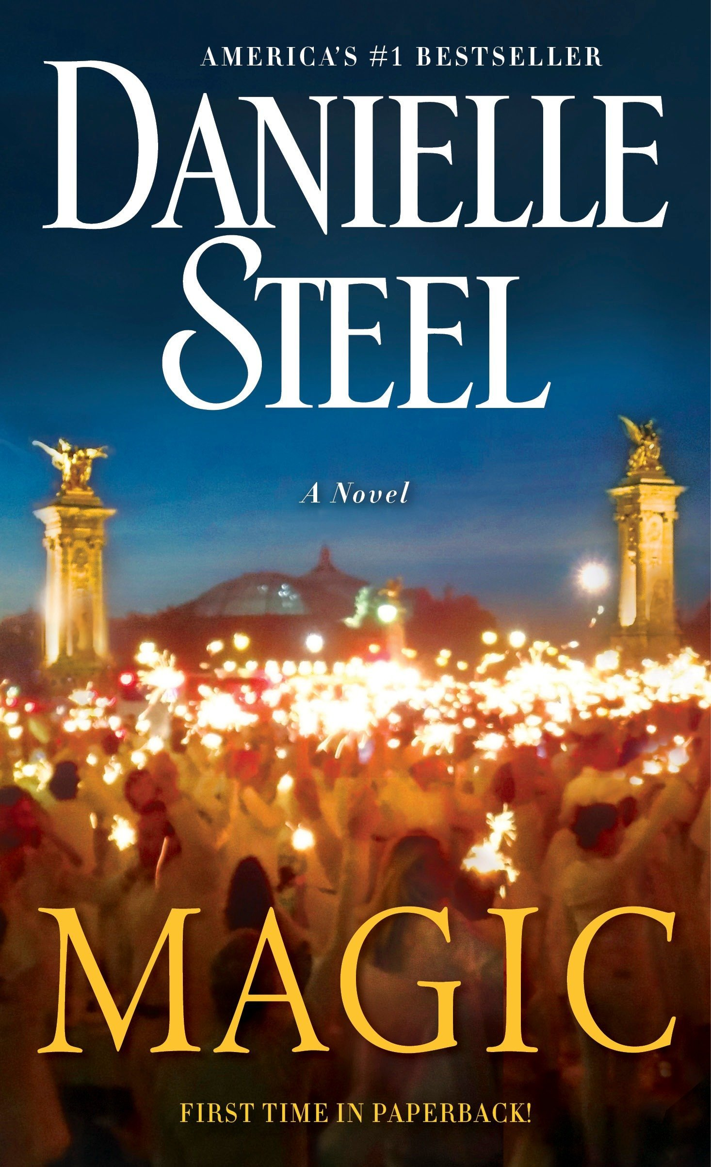 Amazon Fr Magic A Novel Danielle Steel Livres