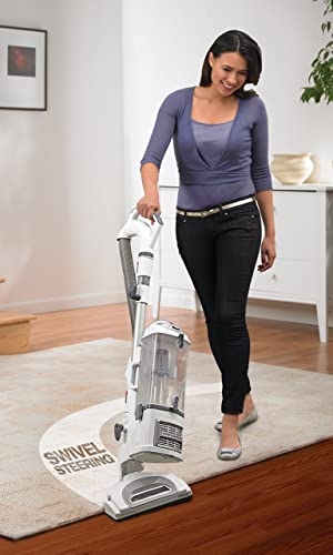 Shark Navigator Lift-Away Professional with Dust-Away