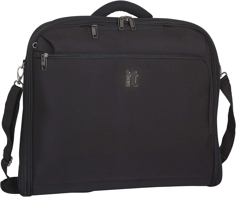 One Size it luggage Mega lite Premium Garment Bag Black