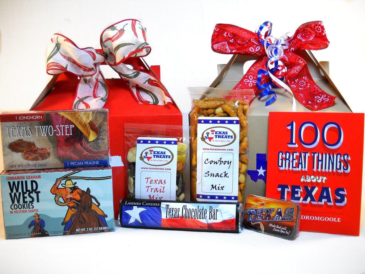 Hello Texas! Food and Souvenir Gift Set Medium