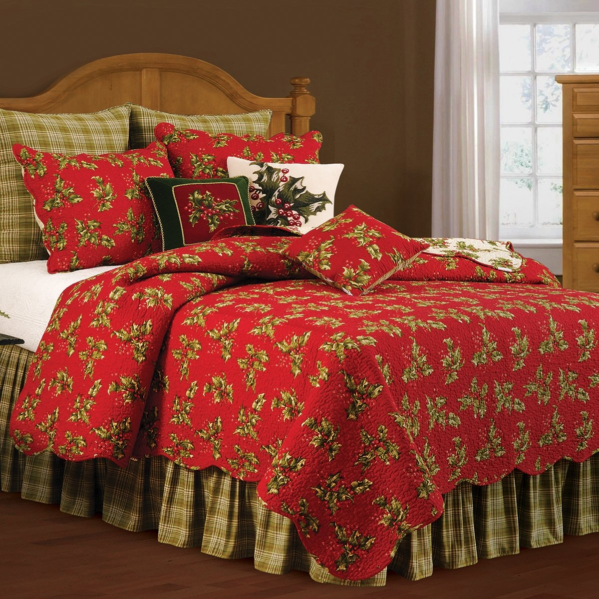 C&F Enterprises, Inc. Holly Red Cotton Quilt (Shams Not Included) King