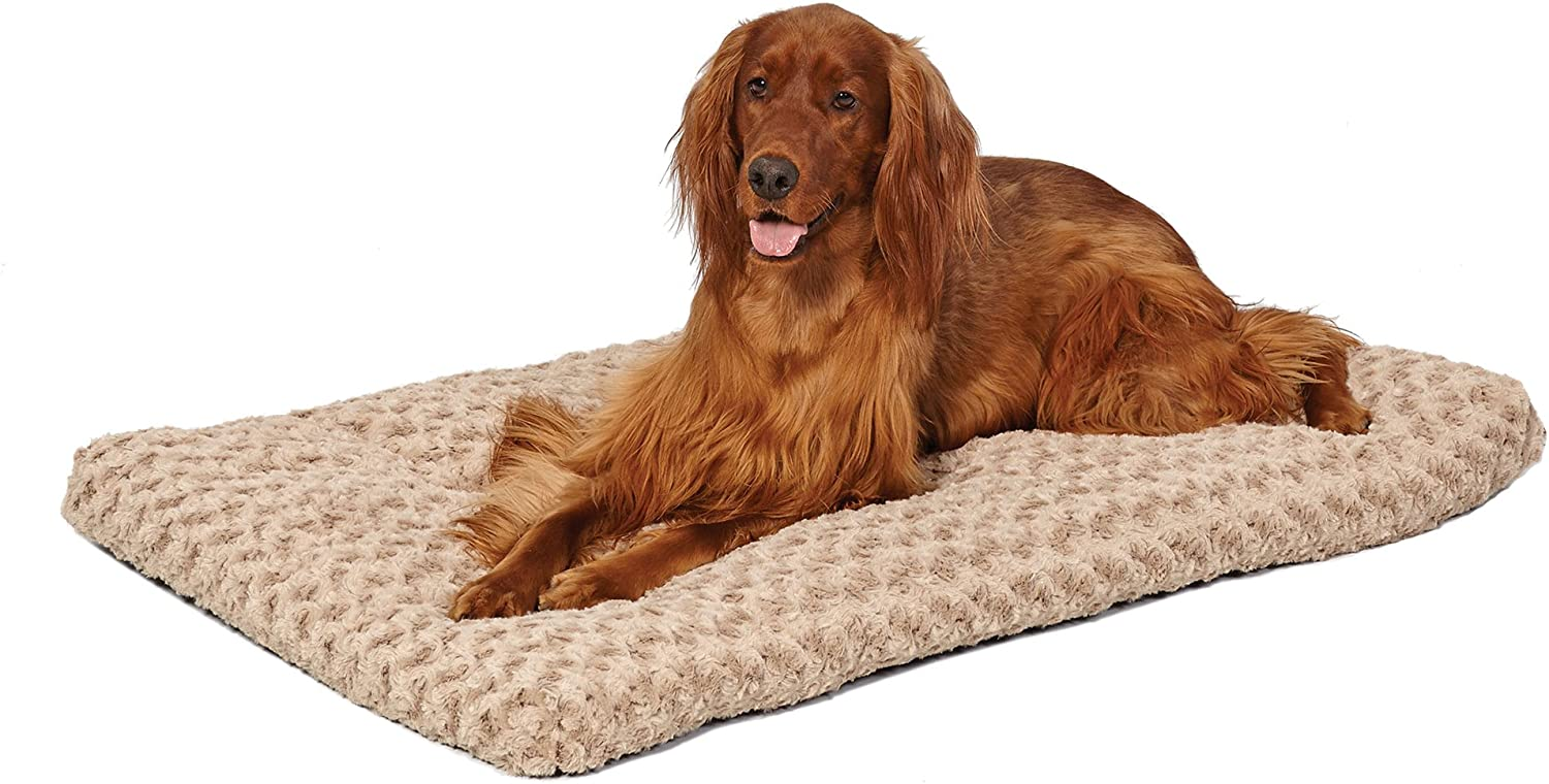 MidWest Homes for Pets Deluxe Pet Beds Super Plush Dog Cat Beds Ideal for Dog Crates Machine Wash Dryer Friendly w 1-Year Warranty