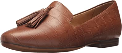 Naturalizer Womens Elly Slip-On Loafers