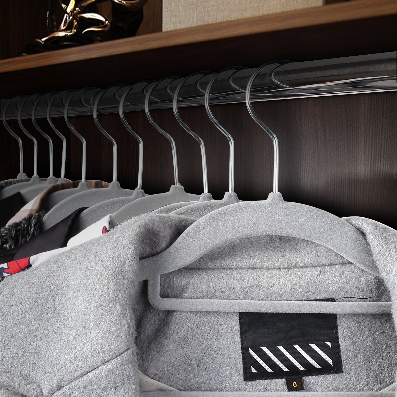 Homfa 40er Kleiderb/ügel 45cm Jackenb/ügel mit Samt Oberfl/äche Anzugb/ügel Hemdenb/ügel Samtkleiderb/ügel rutschfest platzsparend Haken 360/° drehbar grau