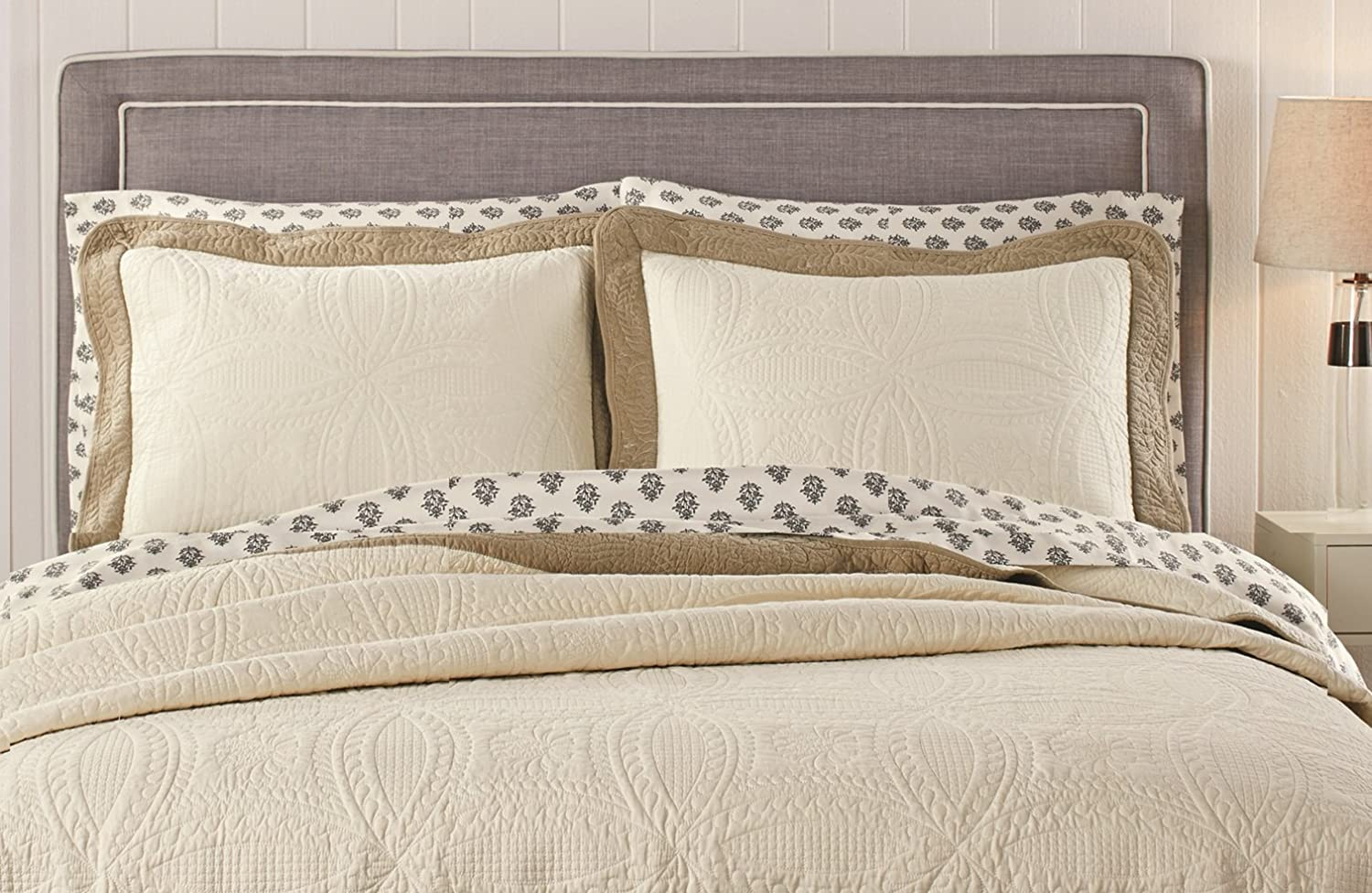 Better Homes and Gardens Solid Border Quilt Collection King Shams Set of 2 only