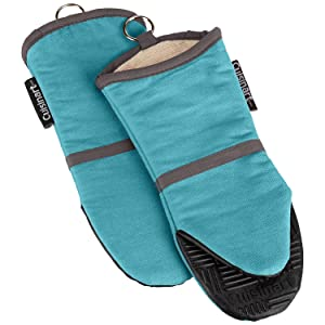 Cuisinart Silicone Oven Mitts - Heat Resistant up to 500 degrees F Handle Hot Cooking Items Safely - Non-Slip Grip Oven Gloves with Soft Insulated Deep Pockets and Convenient Hanging Loop - Aqua, 2pk