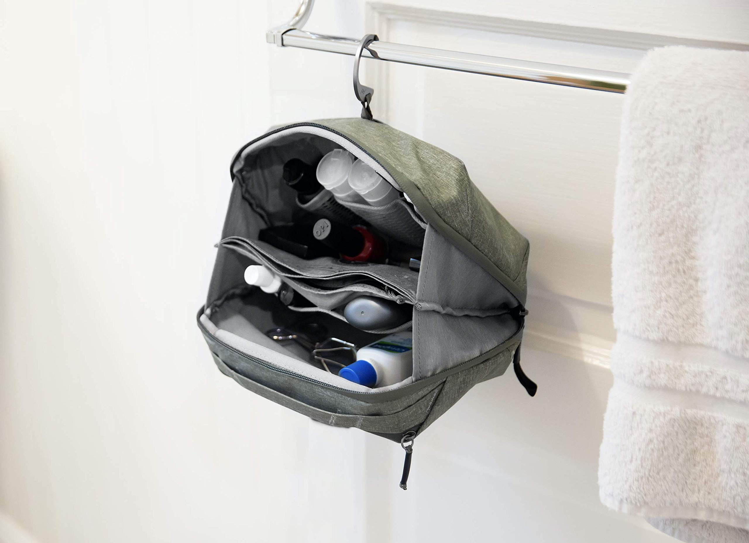 Peak Design Wash Pouch (Sage) by Peak Design (Image #3)