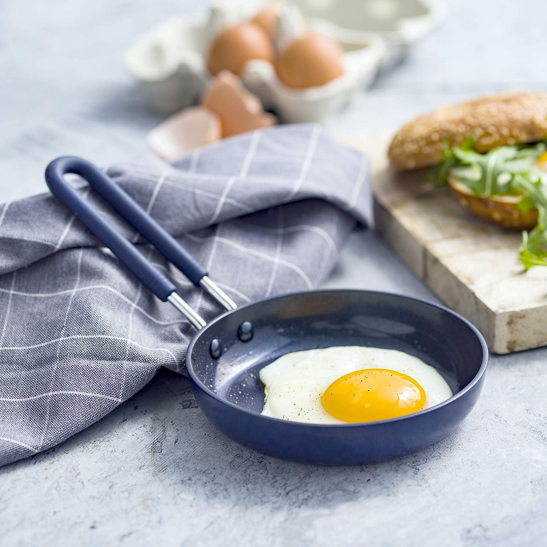 Blue Diamond CC002447-001 Mini Ceramic Egg Pan Blue
