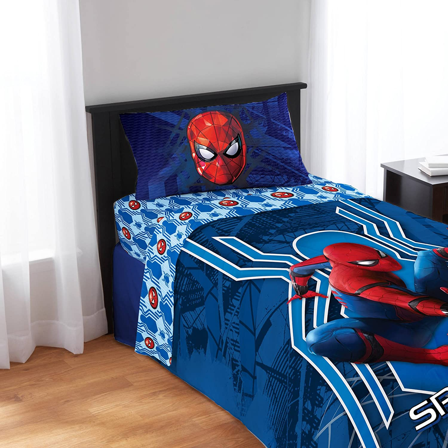 Spiderman and friends bedding - Amazon Com Spiderman Spider Man Homecoming 2017 Twin Bedding Sheet Set 3pc Sticker Sheet Home Kitchen