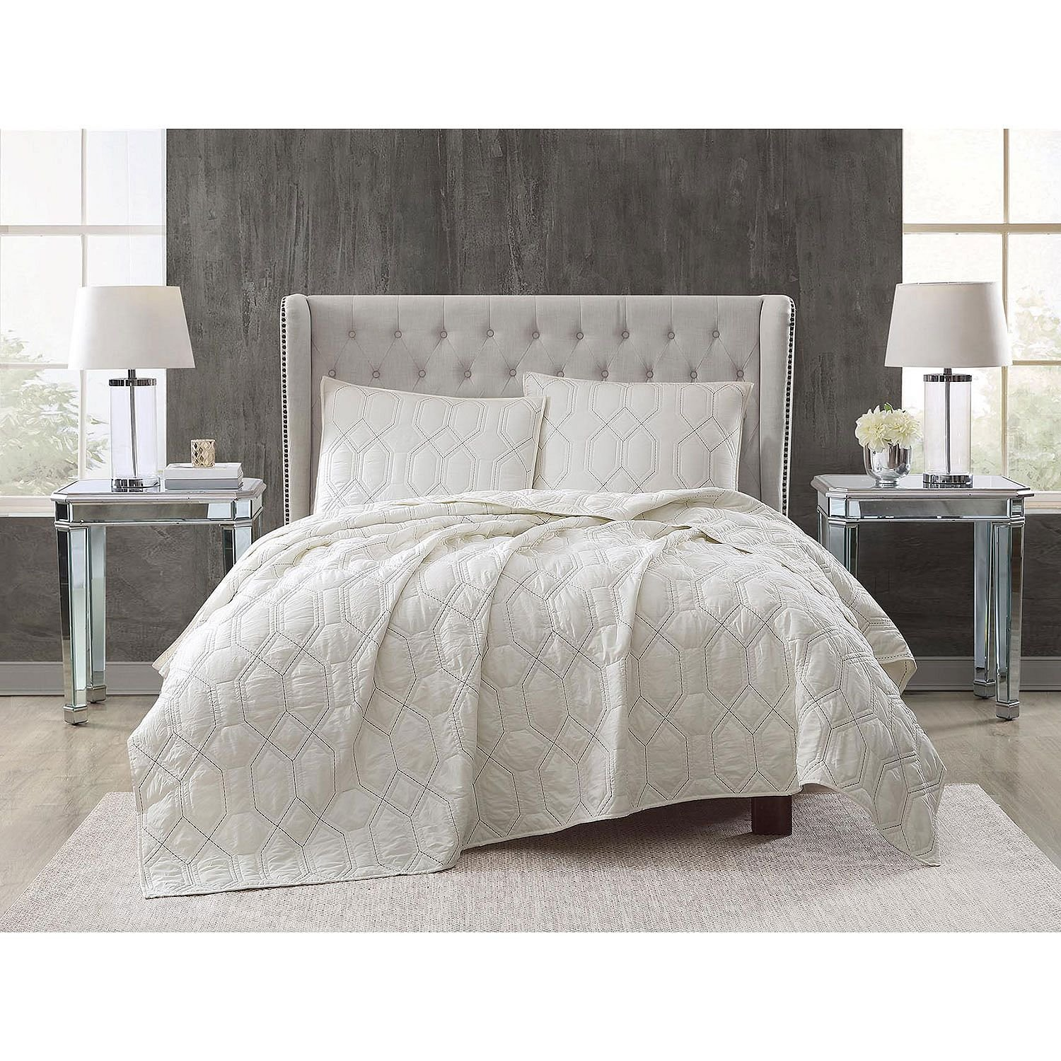 Christian Siriano 3-Piece Embroidered Quilt Set (Full/Queen - Ivory)