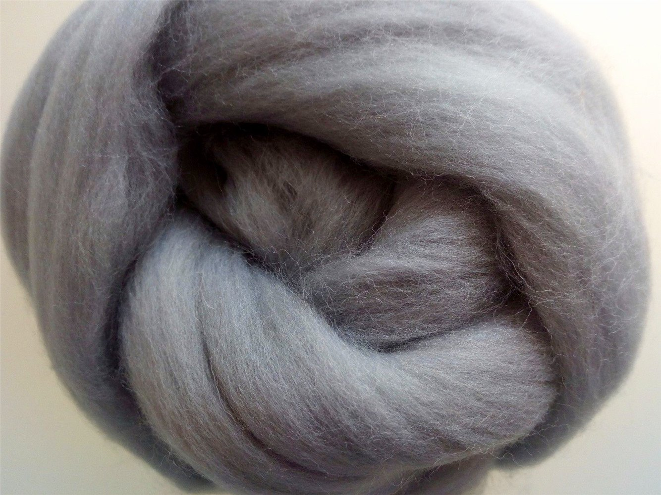 Dream Catcher Making 5oz Light Grey Knitting,Wall Hanging Making Light Grey of 150g Spinning 150g Grey Chunky Roving by HomeModa Yarns Wet Felting Wool Roving for Needle Felting