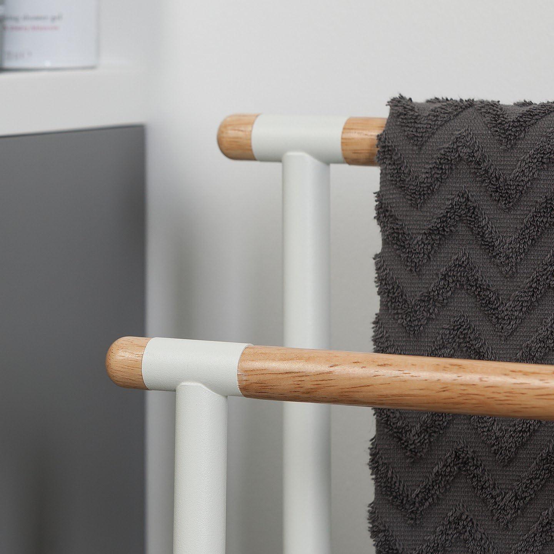 Handtuchhalter mit einer stilvollen Kombination aus modernem Metall und nat/ürlichem Holz Sealskin Brix Handtuchst/änder wei/ß