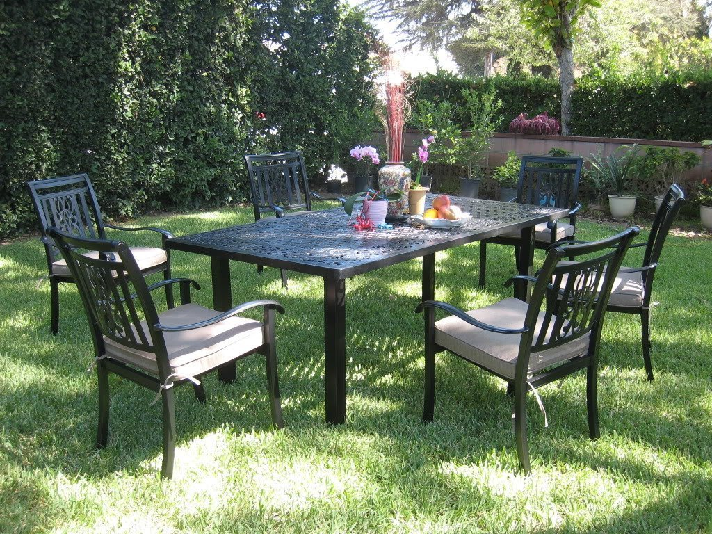 Amazon com cbm outdoor cast aluminum patio furniture 7 piece dining set a outdoor and patio furniture sets garden outdoor