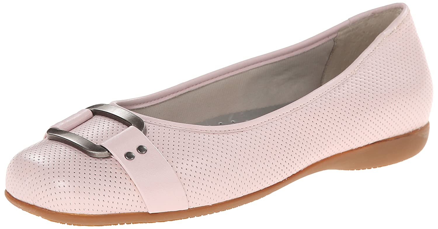Trotters Women's Sizzle Flat B00LMI654Y 10.5 N US|Pale Pink Perforated