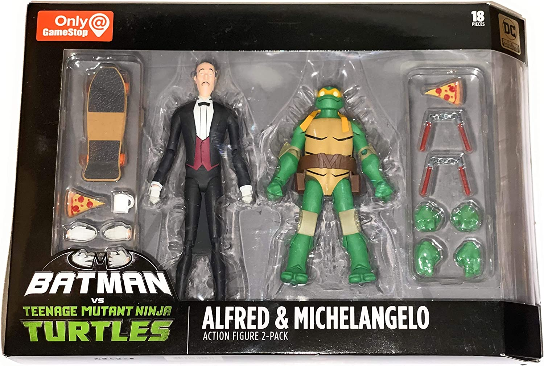 Amazon Com Dc Collectibles Batman Vs Tmnt Alfred Michelangelo Toys Games