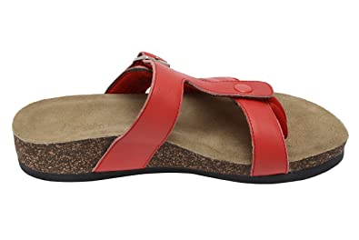 837b1a5af54d Wellrox Women s Santa Fee-Sedona Fiery Red Pat Casual Sandal 9
