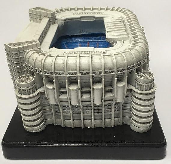 JLK Figura Oficial Estadio Santiago BERNABEU. Real Madrid. (Pequeña): Amazon.es: Juguetes y juegos