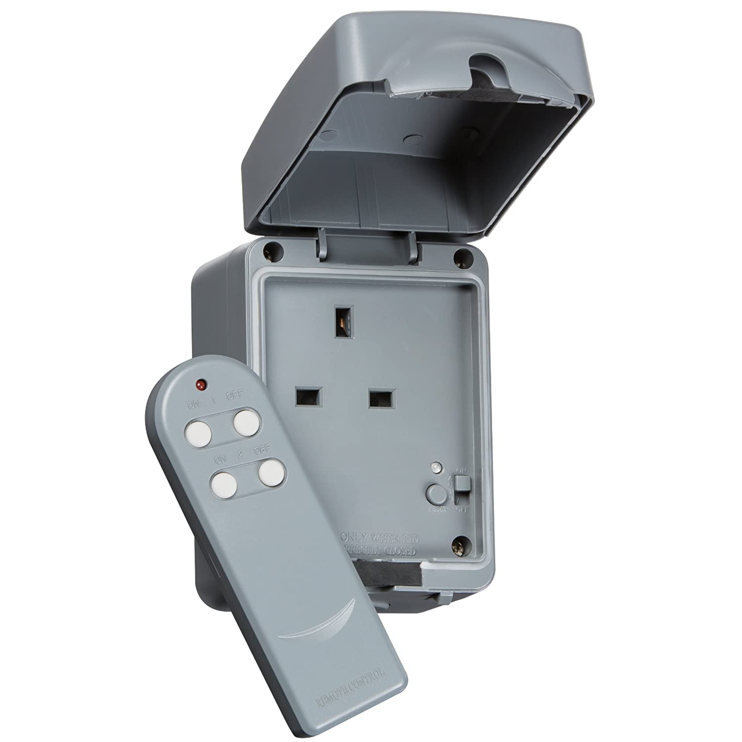 Knightsbridge IP66 13A Outdoor Remote Controlled Wireless Electric Plug Socket