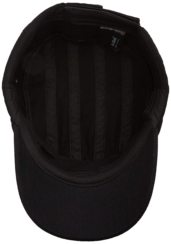 16e120baf5f Amazon.com  Beechfield Urban army cap Vintage Black  Clothing