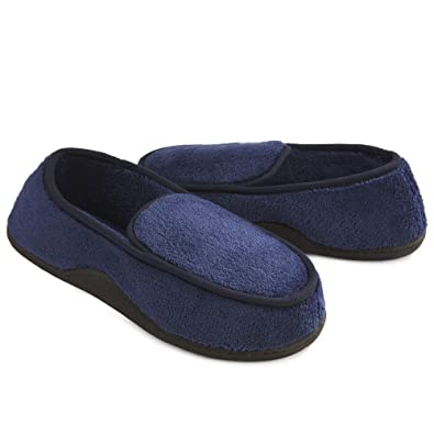 Isotoner Men s Microterry Slip On Slippers  Amazon.co.uk  Shoes   Bags 3f635a59b