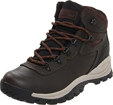 Columbia Women's Newton Ridge Plus-Wide Hiking Boot,Cordovan/Crown Jewel,5.5