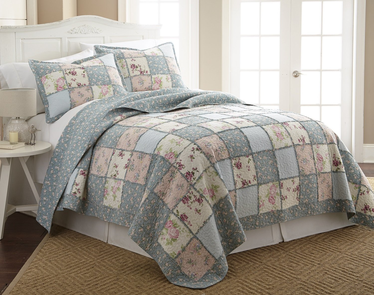 Chezmoi Collection 3-Piece Garden Floral Vintage Washed 100%-Cotton Reversible Patchwork Quilt Set (Queen