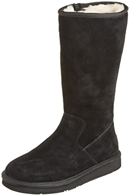 You may want to see this photo of UGG 1005375-BLK