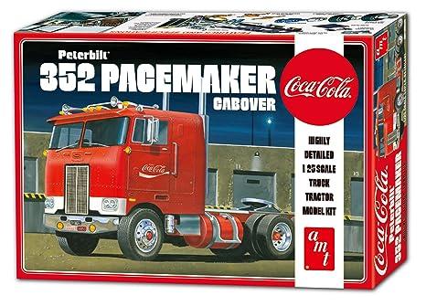 1:25 Peterbilt 352 Pacemaker Cabove