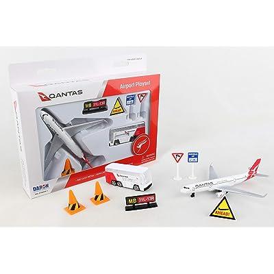 Daron Qantas Small Playset: Toys & Games